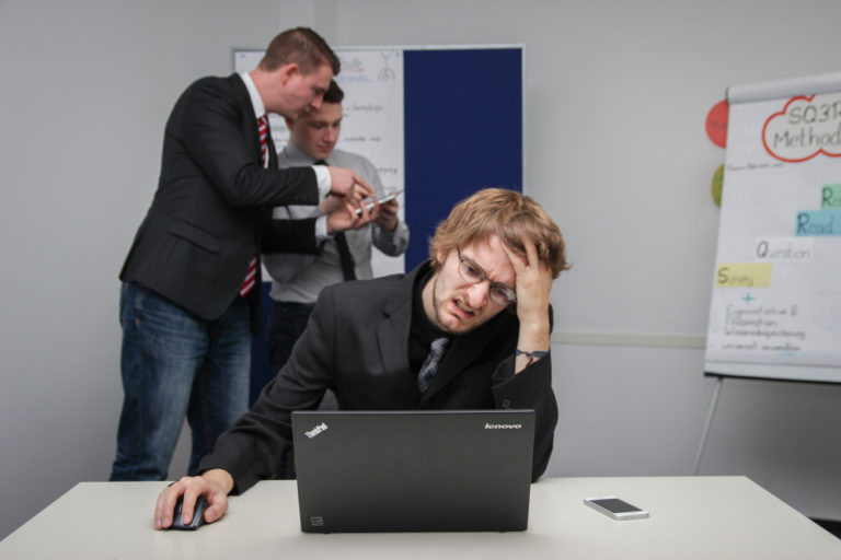 Subtle Signs to Watch Out at Workplace for Employee Burnout